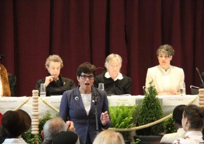 Historische Inszenierung des Zürcher Frauen-Friedenskongresses