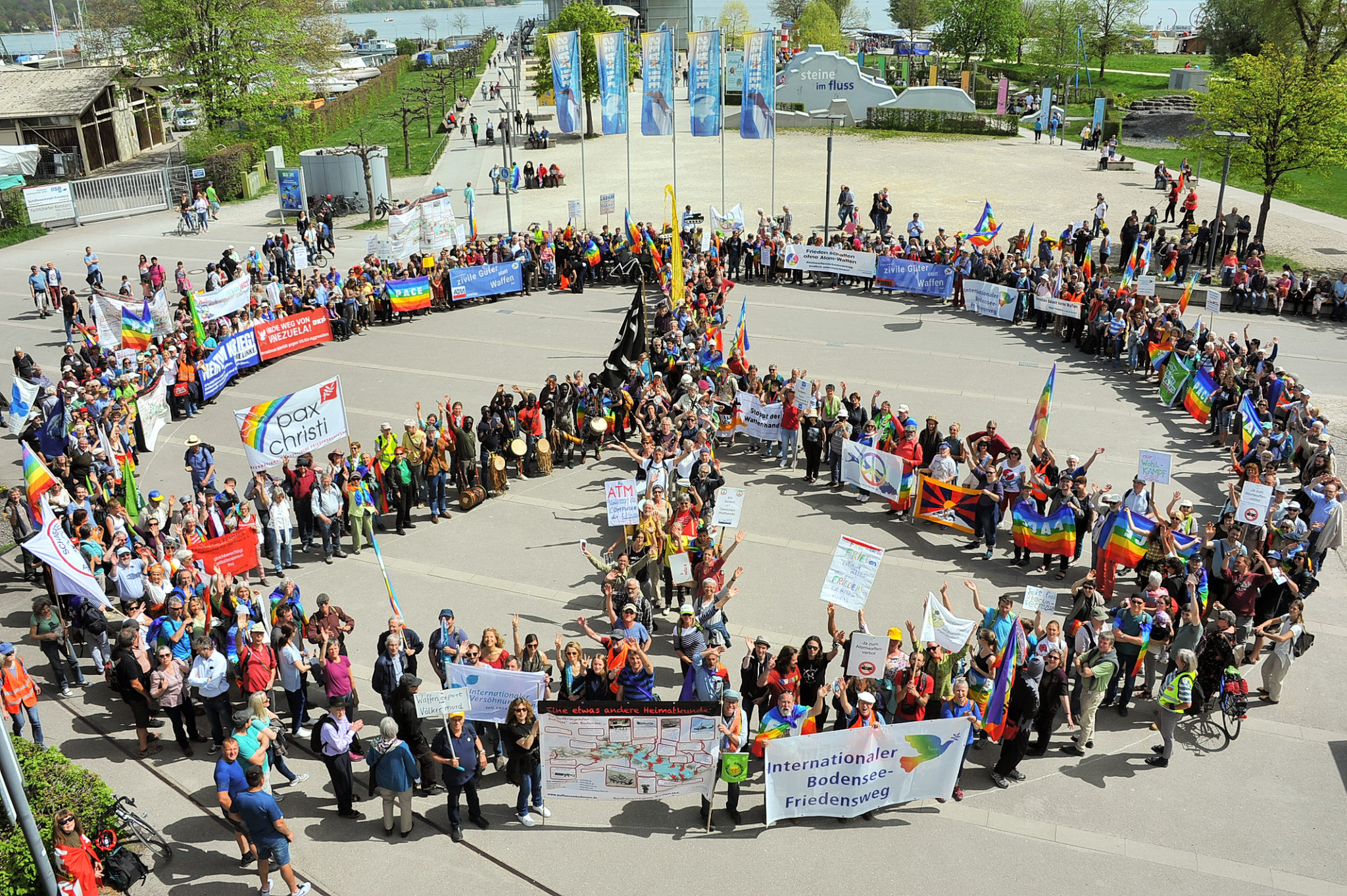 Internationaler Bodensee-Friedensweg am Ostermontag, 22. April 2019 von Konstanz nach Kreuzlingen